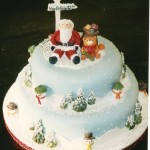 2 Tier Round Christmas Scene Cake With Santa