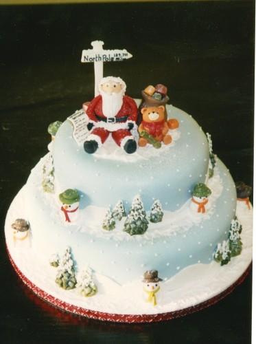 2 Tier Round Christmas Scene Cake With Santa