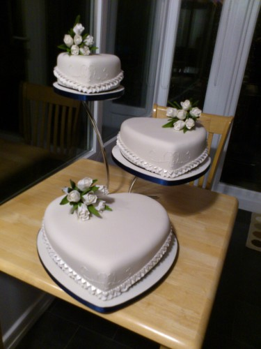 3 Tier Heart Shape Wedding Cake With White Tulip Sugar Srpays