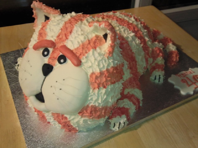 Bagpuss Birthday Cake