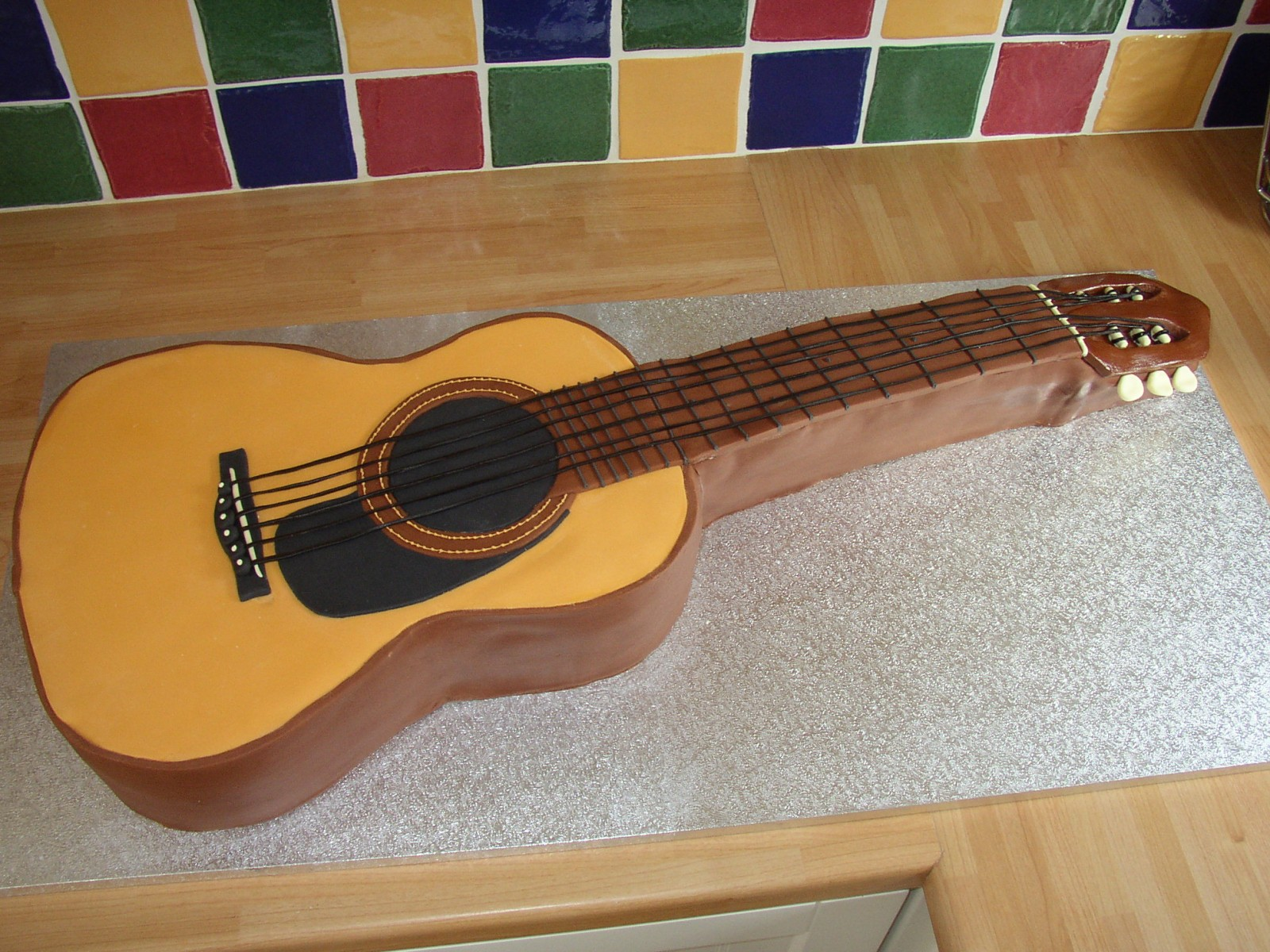 Guitar Cake Images With Name : Classical Guitar Novelty Birthday Cake   Susie s Cakes