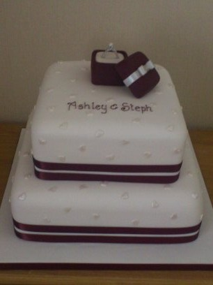 2 Tier Engagment Cake With Ring In Box