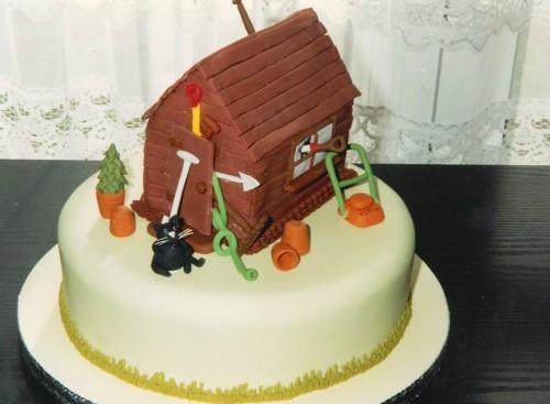 Garden Shed Novelty Bithday Cake