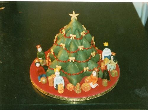 Indoor Christmas Scene Cake