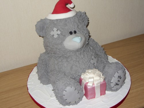 Me To You Inspired Christmas Bear Cake