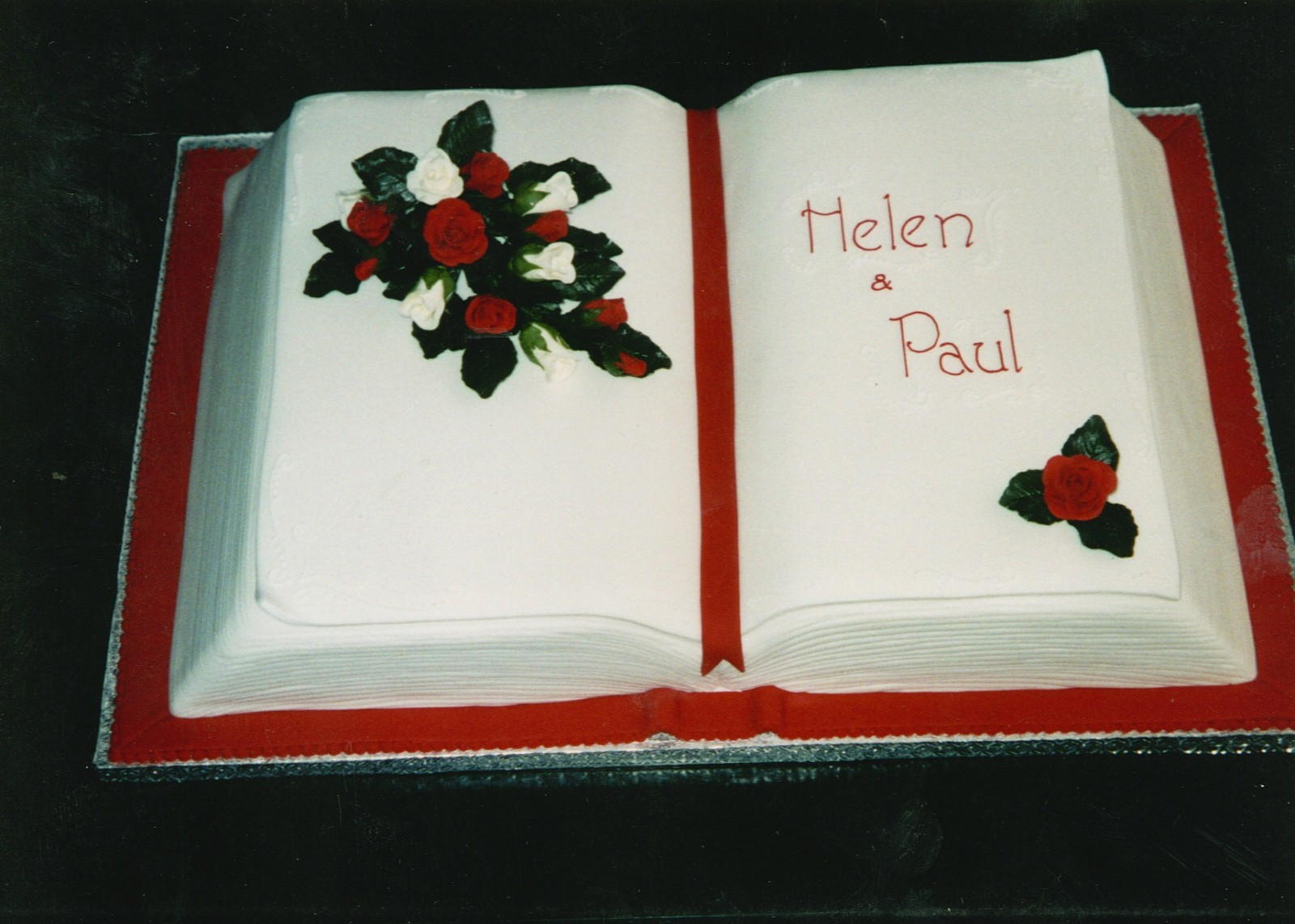 Open Book Wedding Cake   Susie s Cakes