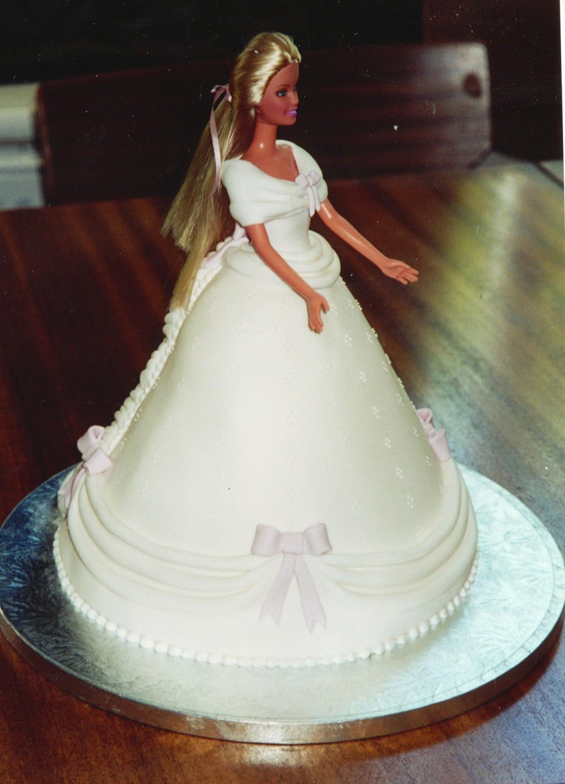 Doll Cake Prices Uk