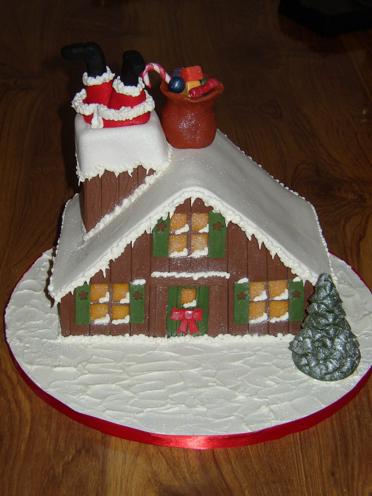 Novelty Christmas Cake Images : Santa Stuck In The Chimney Christmas Cake   Susie s Cakes