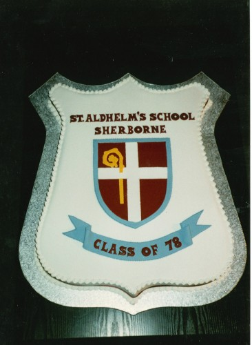 School Reunion Novelty Cake