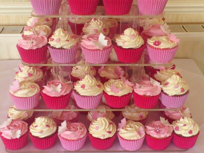 Pink And White wedding Cup Cakes With Bear Cake Topper
