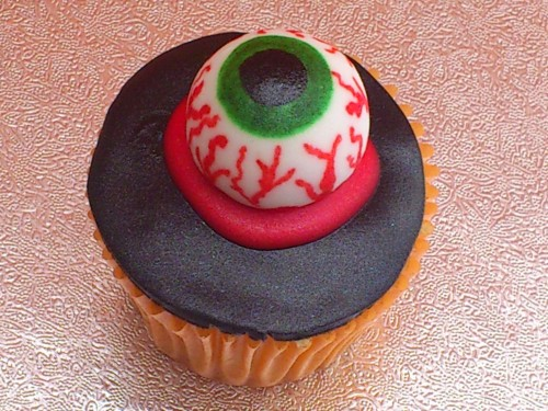 Novelty Halloween Cup Cakes