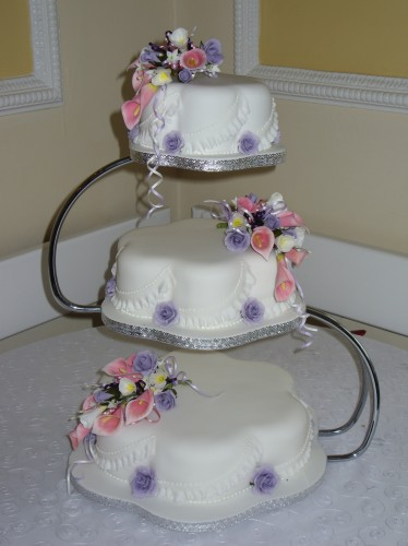 3 Tier Petal Wedding Cake With Calla Lilies Roses And Freesia