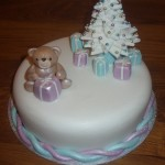 Sparkling Christmas Tree With Bear Cake