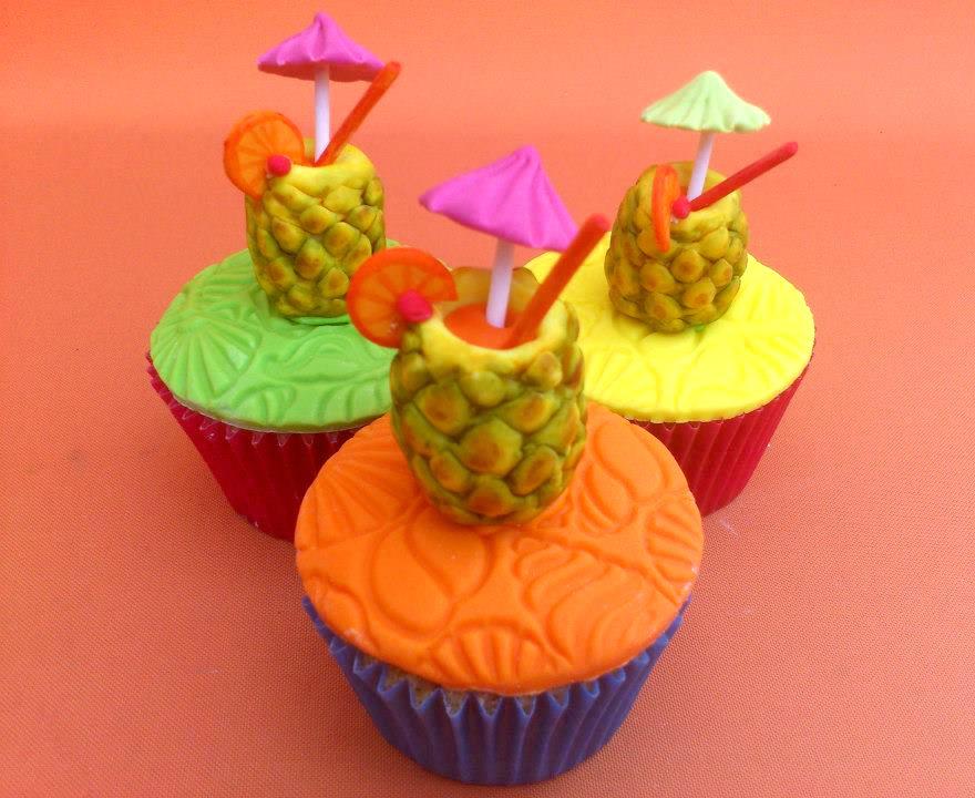 Hawaiian Pineapple Cakes And Cookies