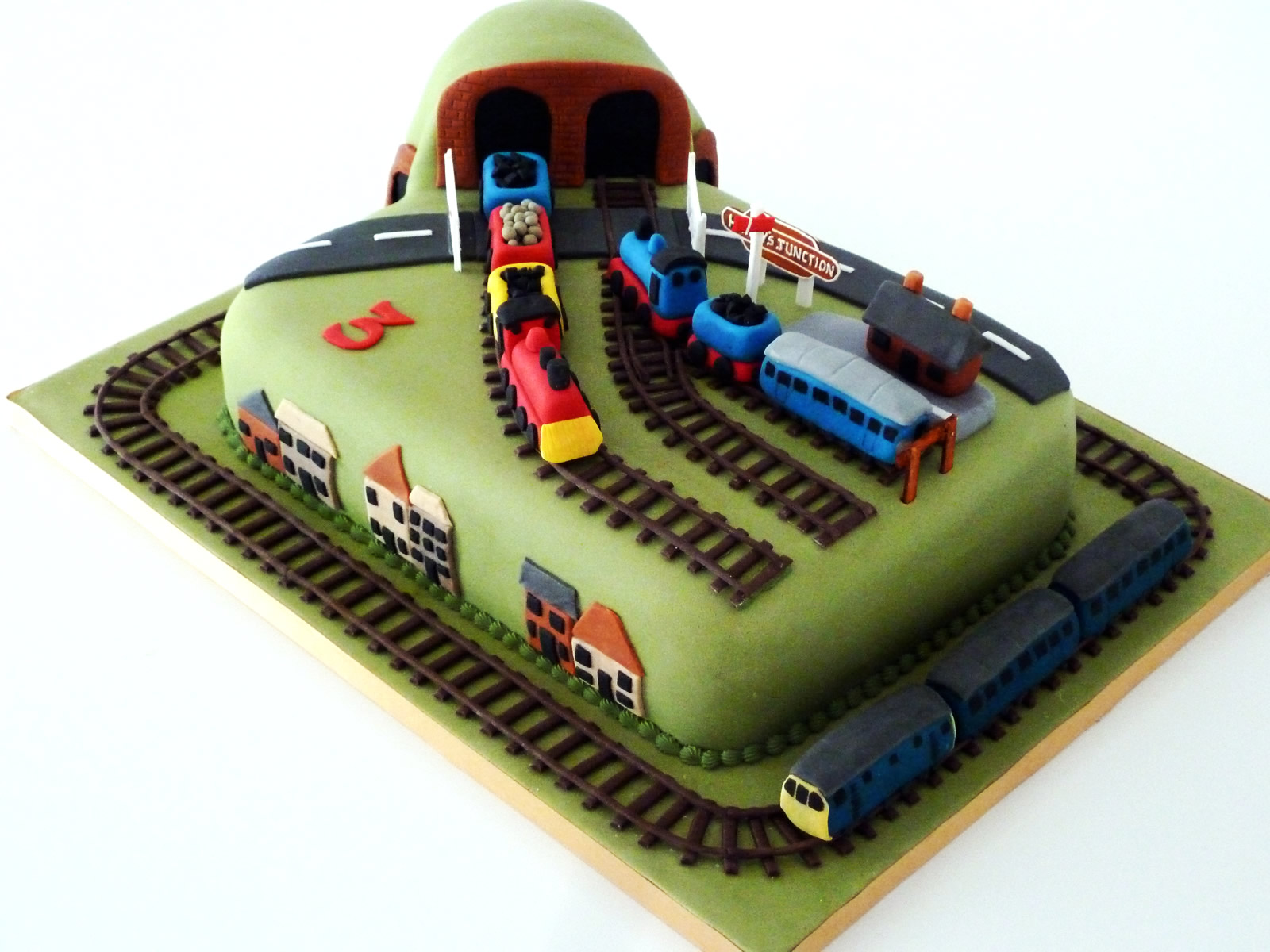 Train Track Novelty Birthday Cake   Susie s Cakes