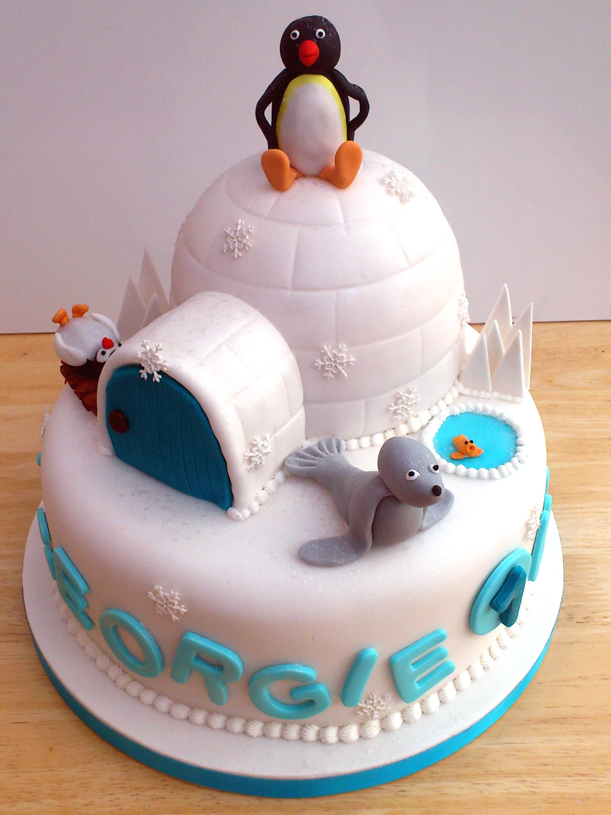 Novelty Cake Design Ideas : Pingu And Friends Novelty Birthday Cake   Susie s Cakes