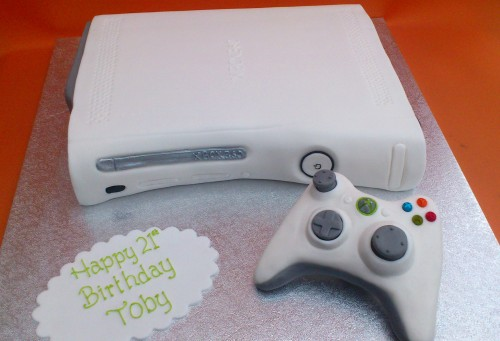 Xbox 360 White Games Console with Controller Cak