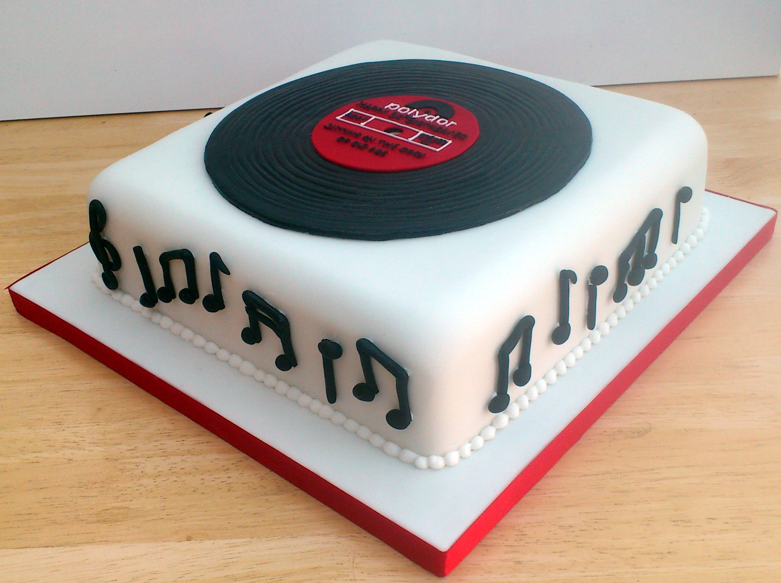 Pin Vinyl Record Art Make And Crafts With Records Hgtv Cake on
