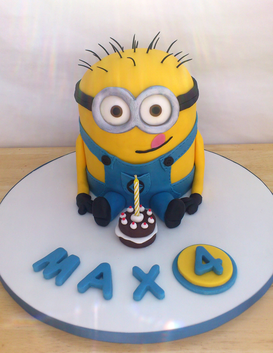Minion Novelty Birthday Cake