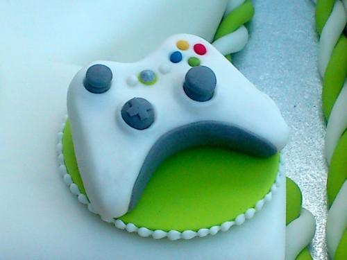 White Xbox 360 Novelty 21st Birthday Cake