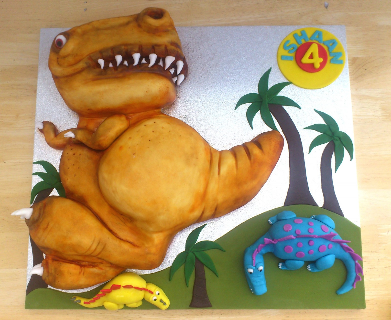 Fantastic T Rex Dinosaur Novelty Birthday Cake Susies Cakes Personalised Birthday Cards Paralily Jamesorg