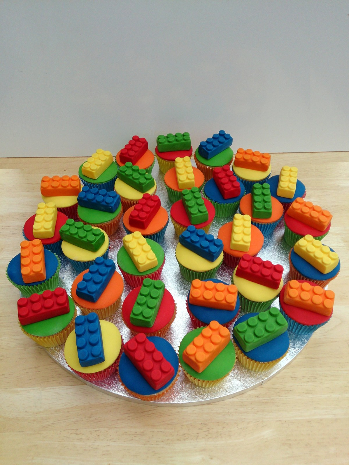 Lego Block Themed Novelty Cupcakes 171 Susie S Cakes