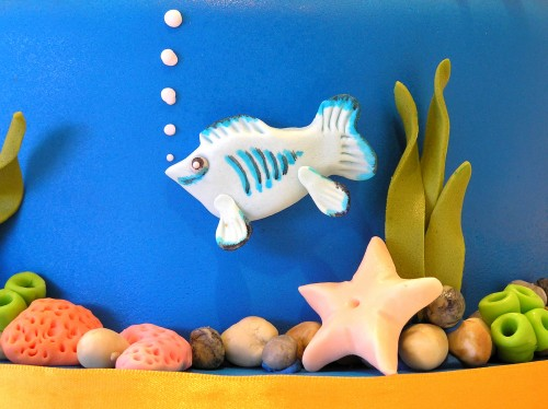 Aquarium themed birthday cake