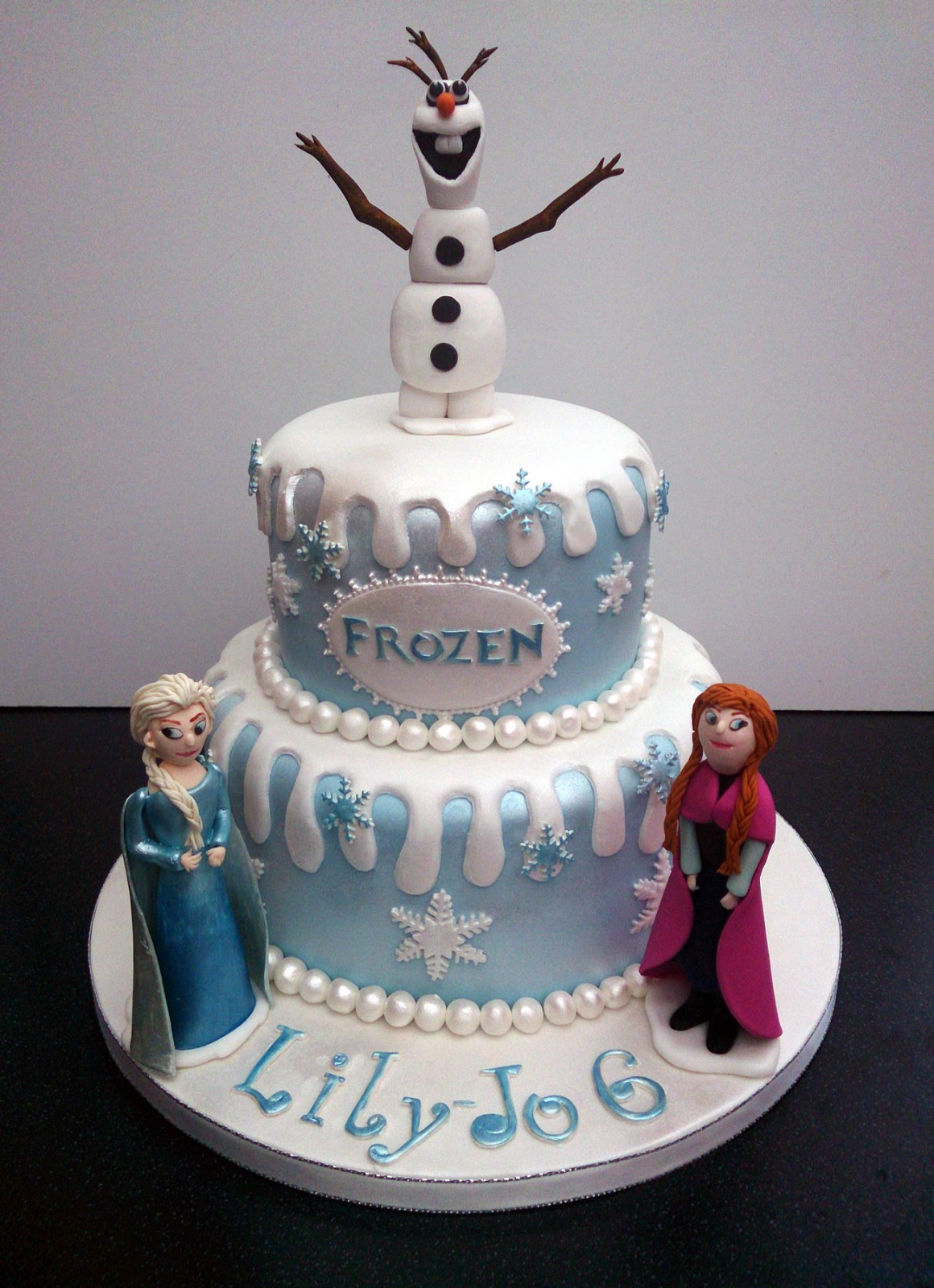 Disney Frozen Themed Cake With Olaf Anna and Elsa Susies Cakes
