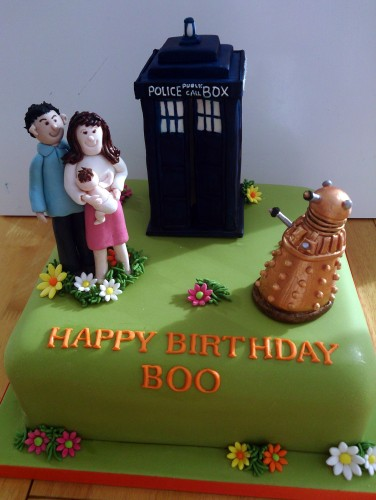 dr who inspired novelty birthday cake tardis dalek