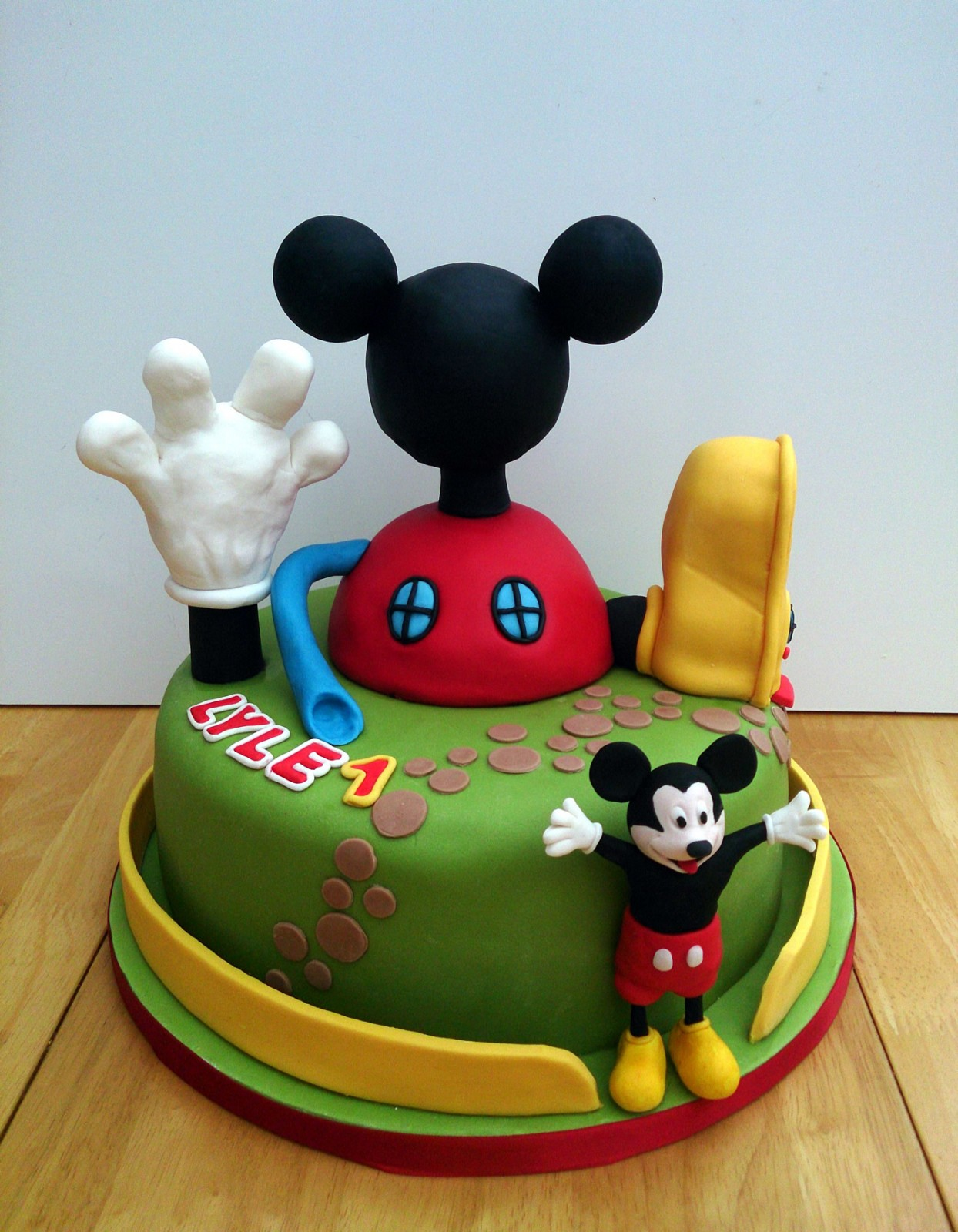 Swell Mickey Mouse Clubhouse Cake Susies Cakes Personalised Birthday Cards Veneteletsinfo