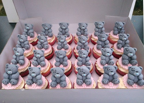 me to you bear novelty cupcakes