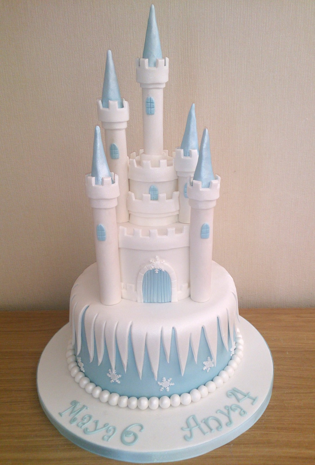 Disney Frozen Castle Birthday Cake 171 Susie S Cakes