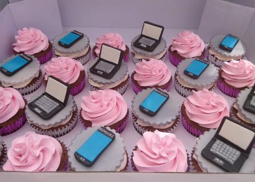 techno cupcakes