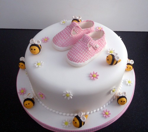 little pink gingham shoes birthday cake sponge poole dorset detail 1[1]