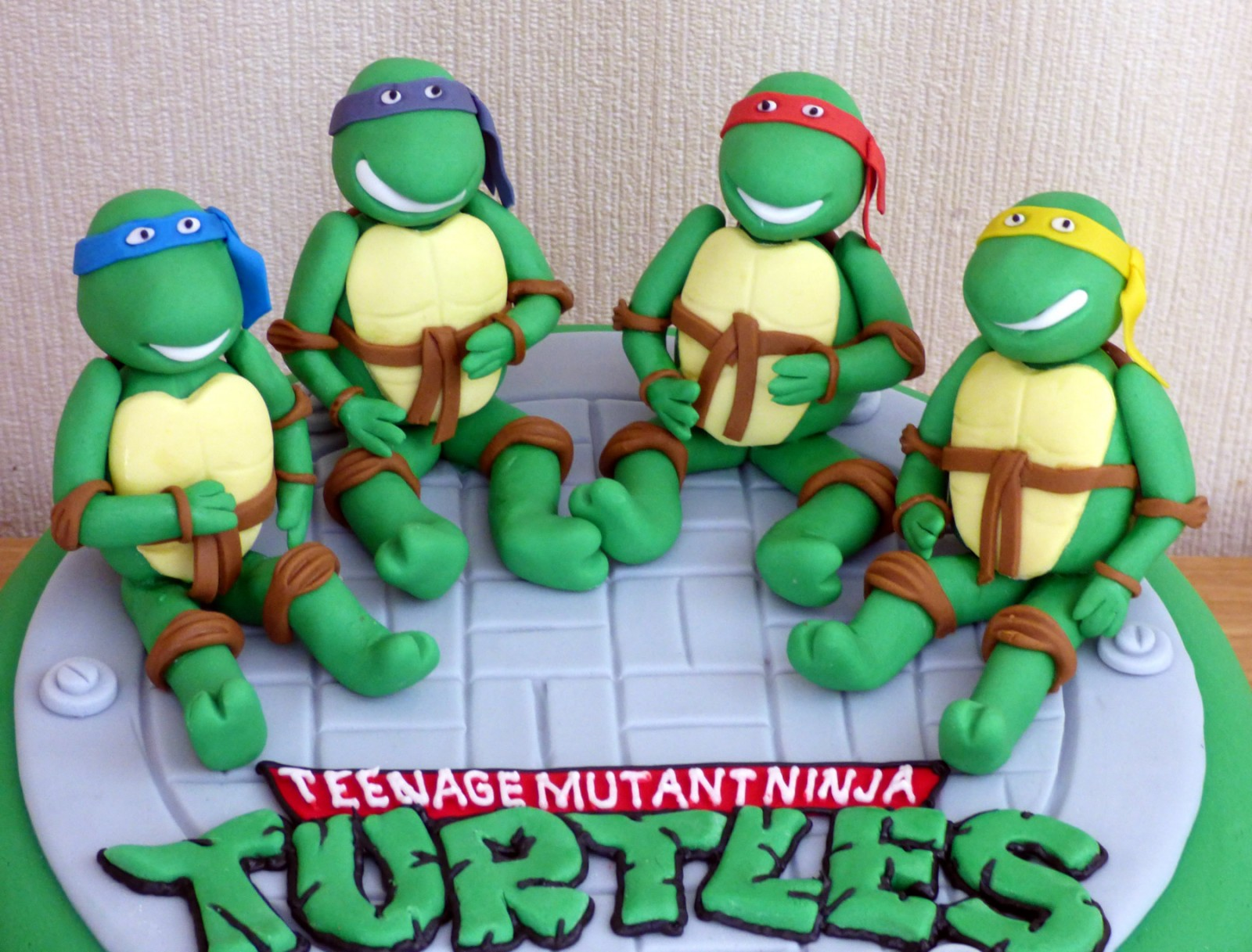 Teenage Mutant Ninja Turtles Novelty Birthday Cake « Susies Cakes