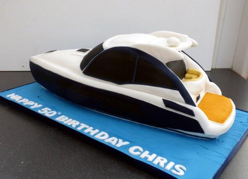 sunseeker motorcruiser cake