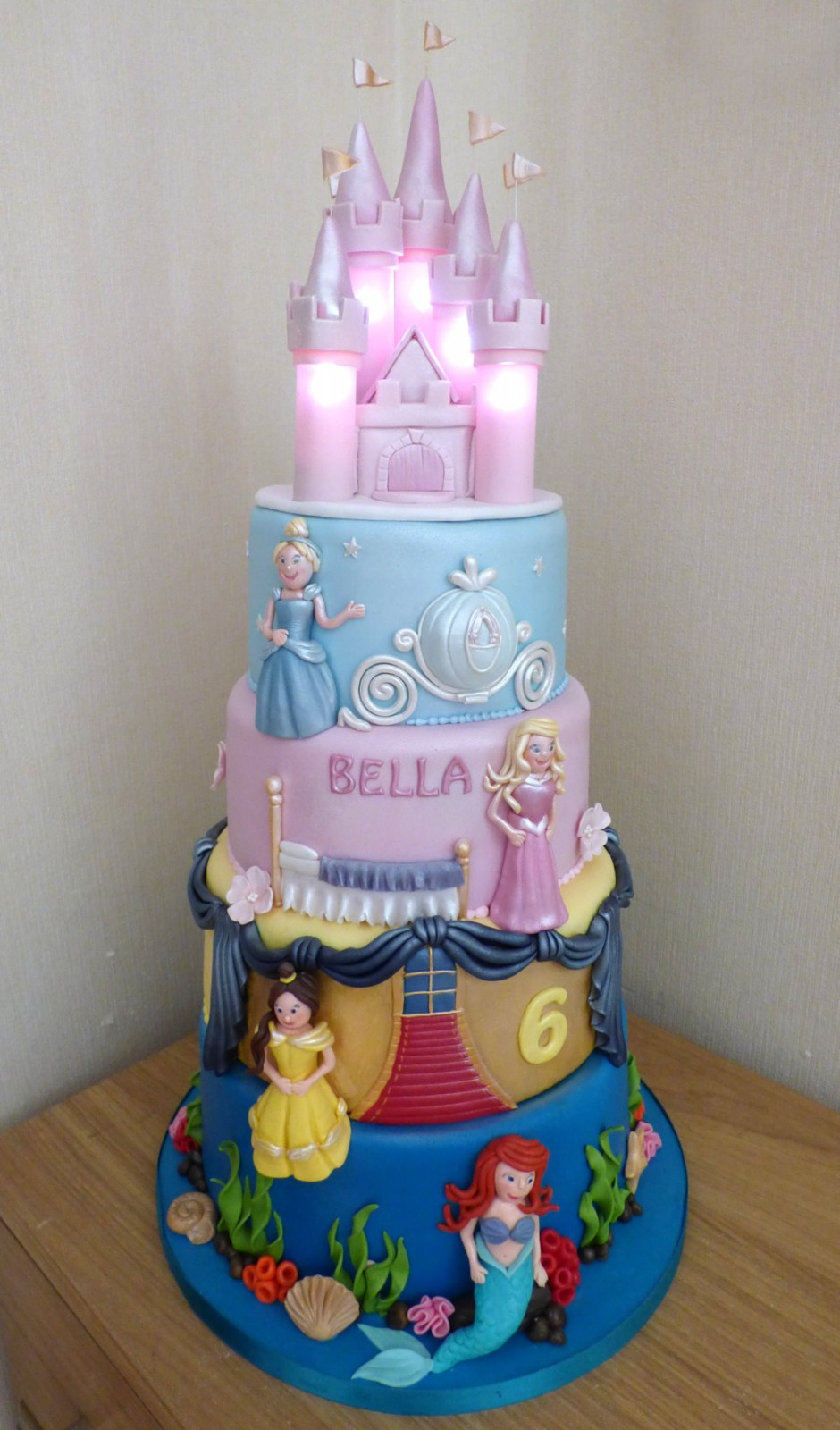 4 Tier Disney Princesses Birthday Cake With An Illuminated