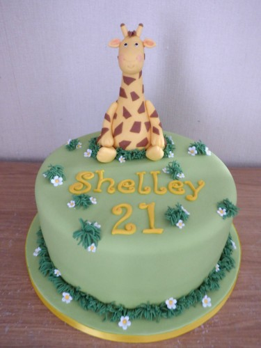 giraffe themed birthday cake