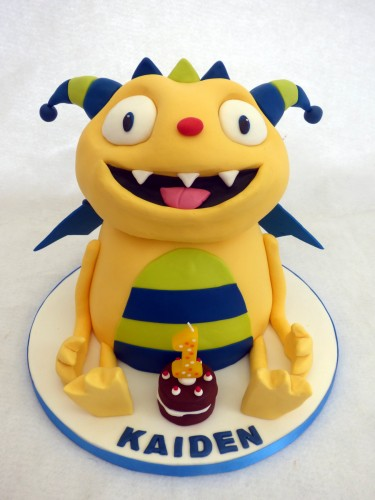 henry hugglemonster character birthday cake