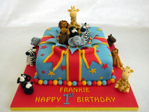 jungle animal present birthday cake