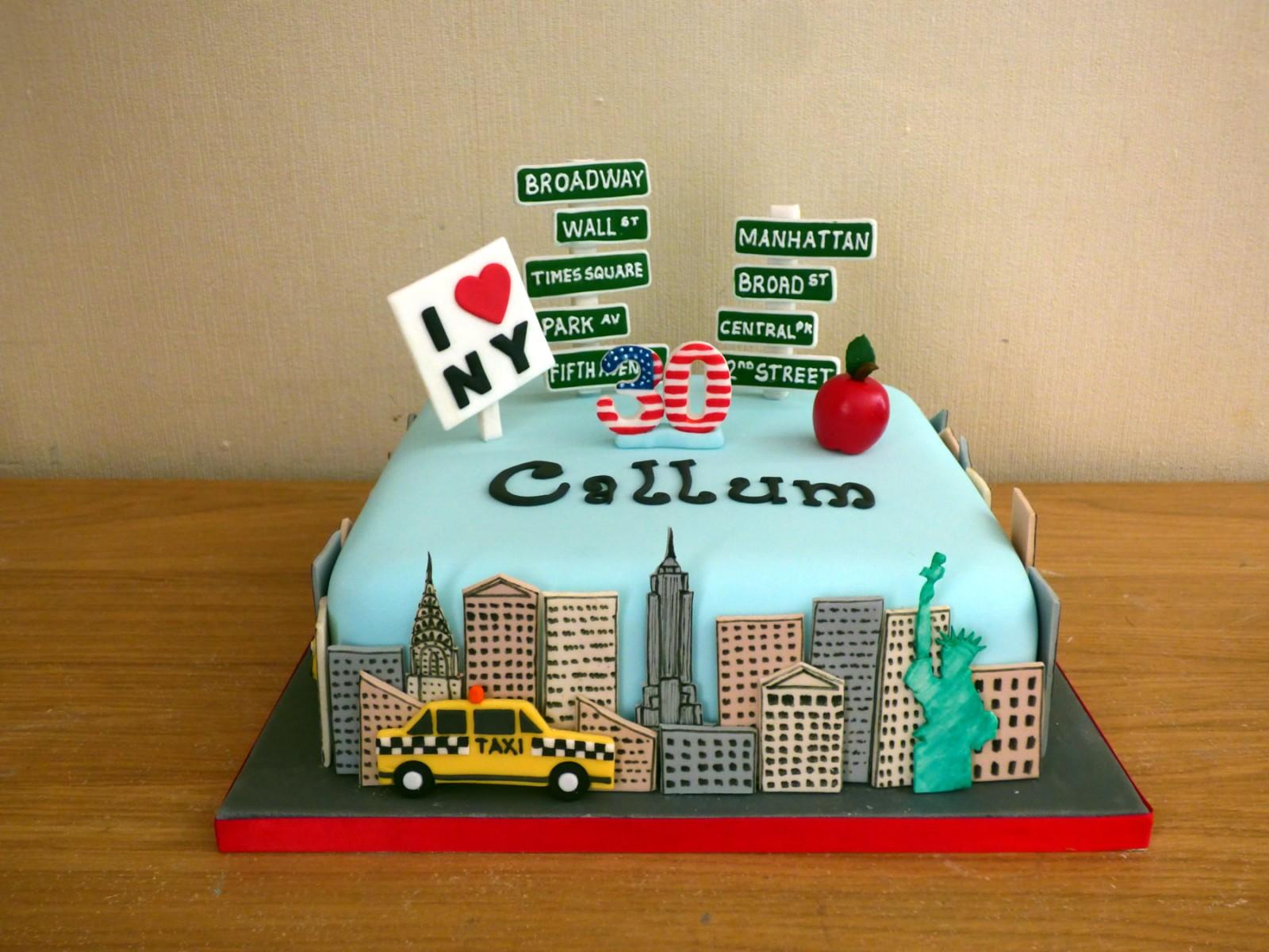 Fabulous New York Themed Birthday Cake Susies Cakes Personalised Birthday Cards Akebfashionlily Jamesorg
