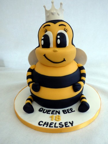 queen bee novelty birthday cake