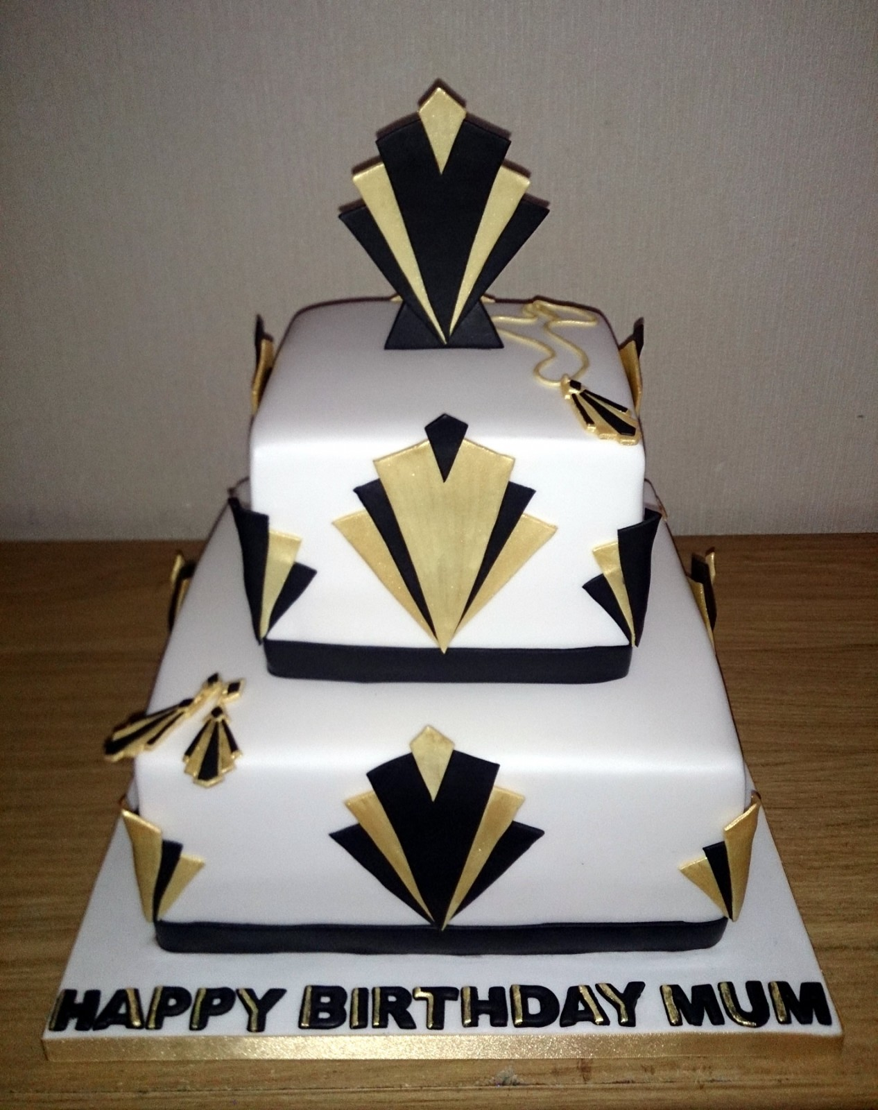 Art Deco Christmas Cake : 2 Tier Art Deco Inspired Birthday Cake   Susie s Cakes