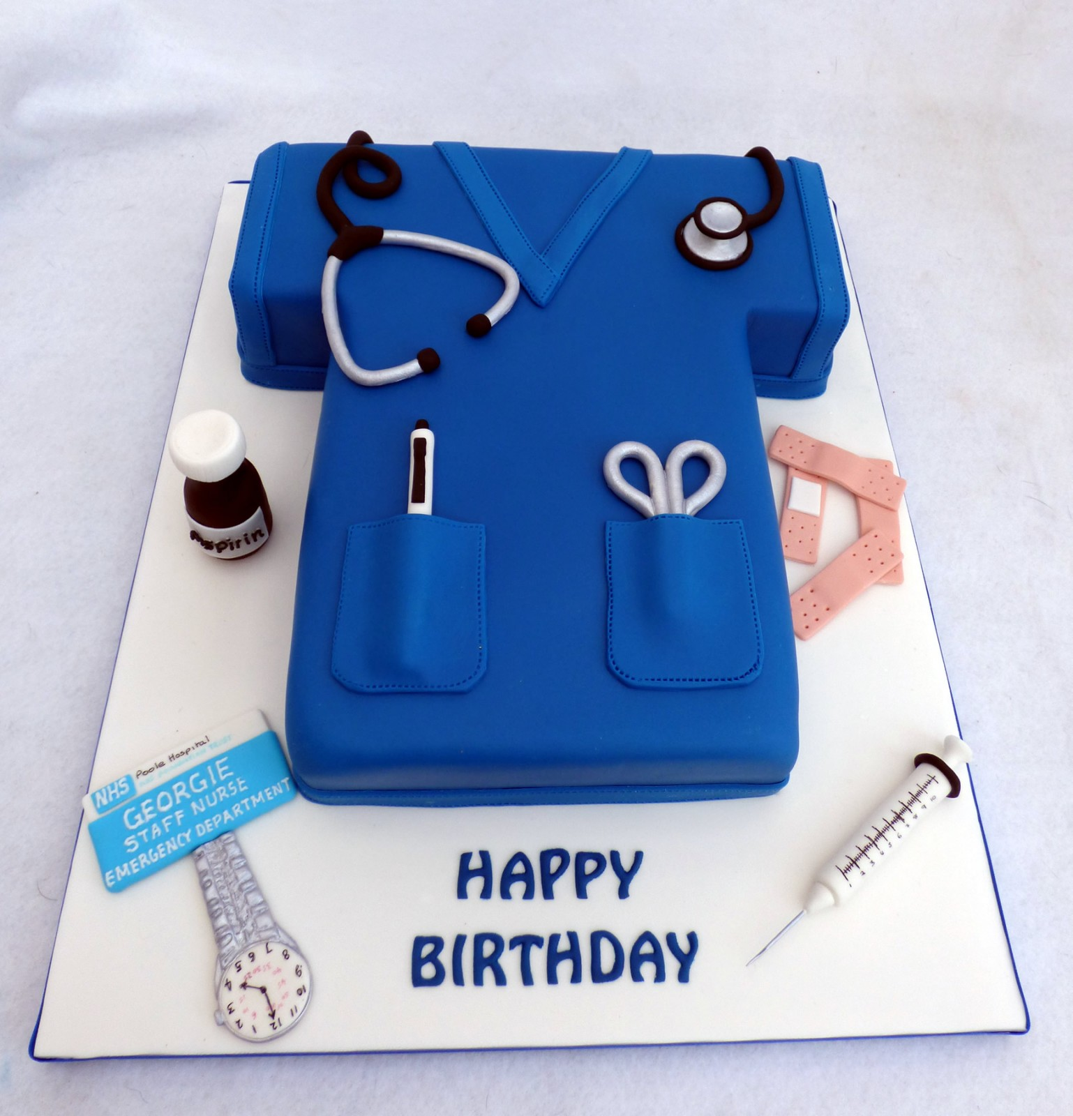 Nurse Tunic Novelty Birthday/Celebration Cake   Susie s Cakes