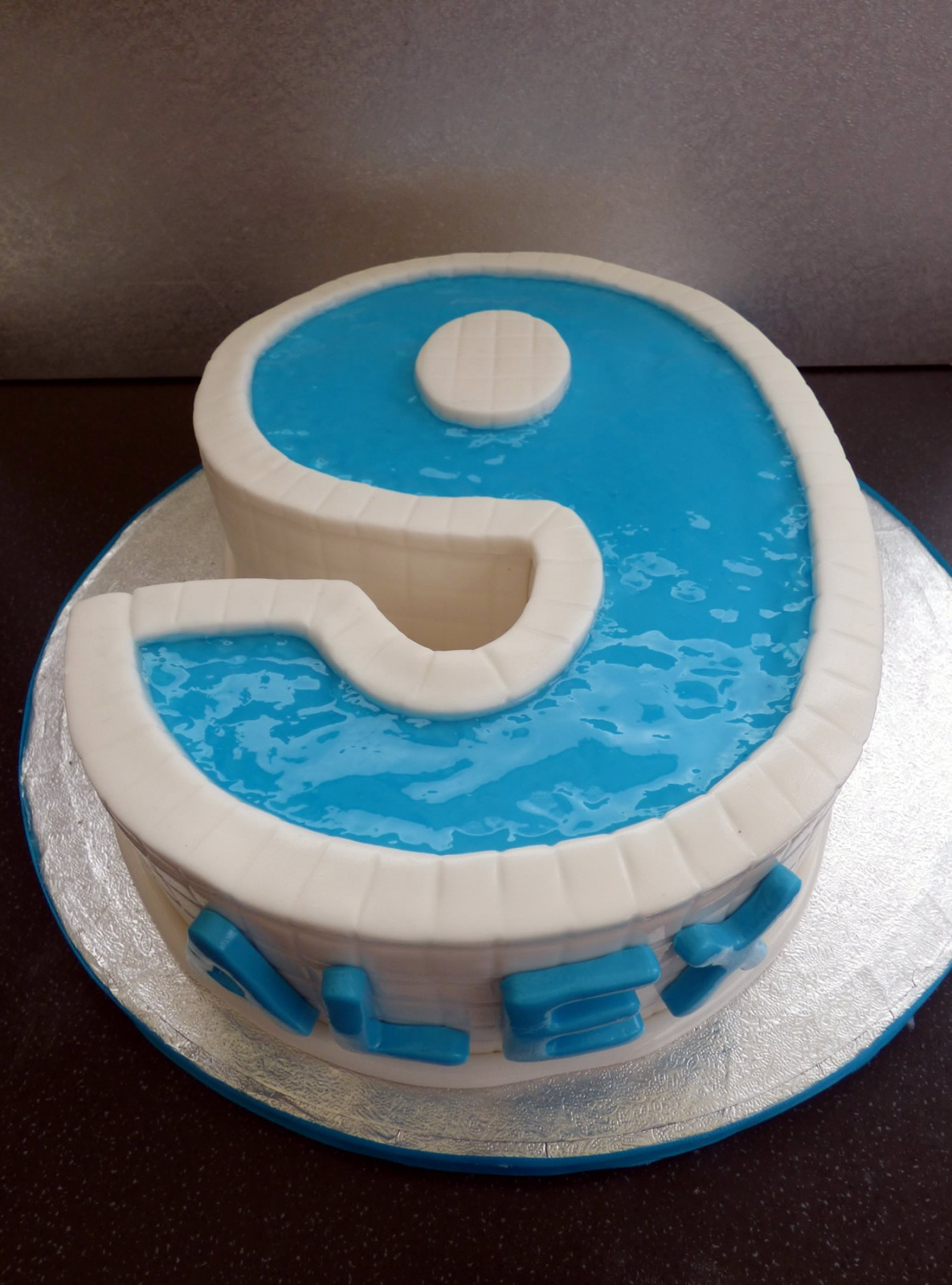 Swimming Pool Party Number 9 Birthday Cake With Pool Party