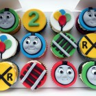 thomas the tank engine birthday cupcakes