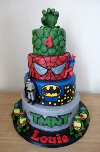 4-tier-super-heroes-birthday-cake