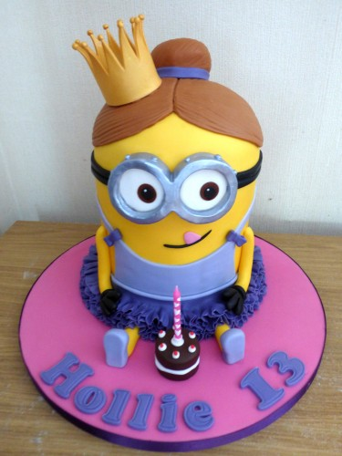 minion-princess-birthday-cake