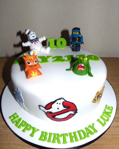 childs-favourite-characters-birthday-cake-fondant-marshmallow-man-slimer-ghostbuster-logo-ninja-lego-man-main