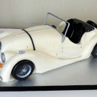 classic-morgan-sports-car-birthday-cake